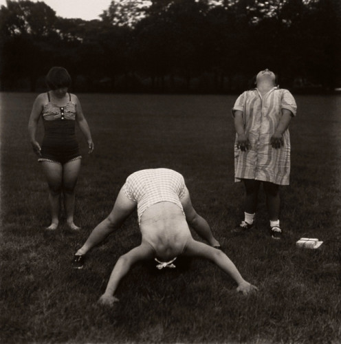 1971 monochrome photo by diane arbus