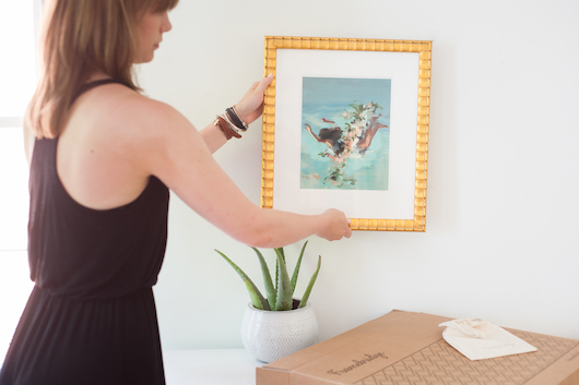 tips for how to hang artwork correctly professionally DIY